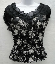 1x  Beautiful Black $ White Stretchy Floral Cap Sleeve Popcorn Top Blouse Shirt
