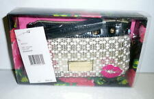 NWT Betsey Johnson Betseyville METALLIC GRID SEQUINS WRISTLET Gold/Wht *Unused