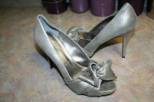 NEW Leather/Suede Large Bow Open Toe Size 10 M Pelle Moda Pump Heels $195