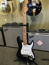 Roland G-5 VG Fender Stratocaster Modeling Electric Guitar Very Clean