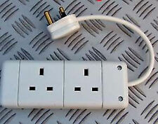 5A ROUND PIN PLUG  FITTED TO TWIN GANG 13A TRAILING SOCKET WHITE  230V 5A MAX!