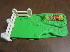 Fisher Price Little People part farm barn pig pen ranch slop food pasture fence