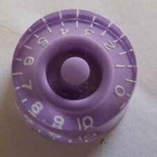 POP-KNOB guitar speed knob in PURPLE / LILAC with white numbers
