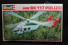 XQ015 REVELL 1/32 maquette helicoptere 4464 MBB BK 117 Polizei année 1988