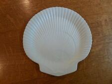 """Wedgwood moonstone 9"""" scallop shell plate ca. 1961"""