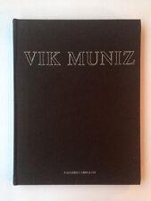 VIK MUNIZ - Galleria Cardi - 2002
