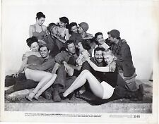 LEE MARVIN and Pin-up girls with soldiers,Eight Iron Men, f15026