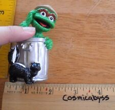 """Oscar the Grouch skunk Applause 3"""" PVC figure trash can VINTAGE the Muppets"""