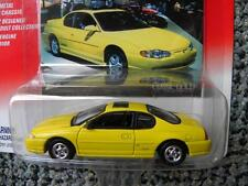 2002 CHEVY MONTE CARLO           JOHNNY LIGHTNING CLASSIC GOLD COLLECTION  1:64