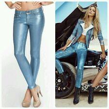 $179 Guess Power Skinny Low-Rise Denim leggings in Ice Blue Foil 27