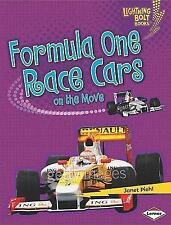 Formula One Race Cars on the Move (Lightning Bolt Books: Vroom-Vroom)-ExLibrary