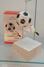 KICKIN' WITH SNOOPY~2016 HALLMARK ORNAMENT~SOCCER~WITH STICKERS~FREE SHIP IN US