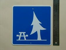 METAL  MINI  ROADSIDE PARK   TRAFFIC  SIGNS MINIATURE