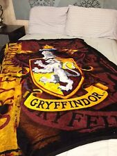Harry Potter Gryffindor PLUSH SOFT blanket throw  NEW