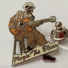 Pin's Folies *** Enamel Badge Demons et Merveilles Music Jazz playin the Blues