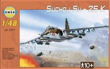 Sukhoi SU-25 Frogfoot a (Ucraina, dell' Unione Sovietica, iracheni, ceca e slovacca MKGS) 1/48 SMER