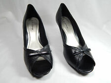 NEW Giovanna Women's Shoes, Open Toe, Leather Black. Size 9. NIB