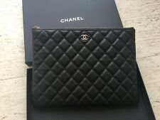 Brand New Chanel Clutch Caviar Medium! Sold out!