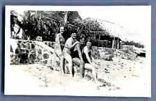 Hawaii, Christmas time in Hawaii 1932 Vintage silver print.  Tirage argentique