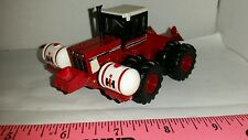 1/64 ERTL custom international 4586 4wd tractor saddle tank & rock box farm toy