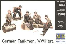 WW II GERMAN TANKMEN (PANZER IV/TIGER/PANTHER TANK CREW AT REST) 1/35 MASTERBOX