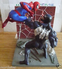 SPIDERMAN VS VENOM VS SANDMAN BOOKEND STATUE LIMITED TO 224/2500 MARVEL