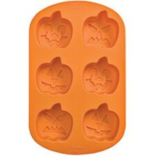 Wilton Baking Halloween Silicone Pumkin Jack O Lantern Shaped Cake Mould Tin NEW