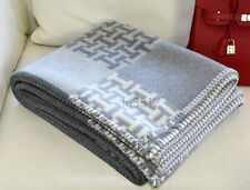 NEW NEWEST HERMES PLAID JACQ 3DH AVALON LARGE GREY/NATURAL WOOL CASHMERE BLANKET