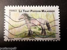 FRANCE 2013, timbre AUTOADHESIF 819 CHEVAL TRAIT POITEVIN oblitéré STAMP HORSE