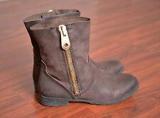 BCBG BCBGeneration Rossy Brown Leather Zipper Fashion Ankle Boots Women's size 8