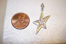 Sterling  Silver  925A Clear Stone -Shooting 5 Pointed Star Pendant  2.7grams