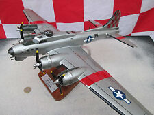 Boeing B-17 Flying Fortress  1:55 Riesig / Avion / Aircraft / YakAir
