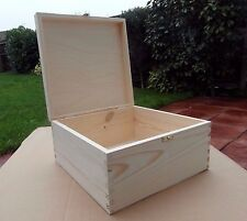 LARGE WOODEN BOX WITH LID & DECORATIVE CLASP STORAGE FOR ART CRAFT/ DECOUPAGE
