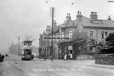 pt0199 - Tram in Old Road End , Farsley , Yorkshire - photo 6x4