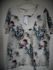"""Over sz KC Khakis & Co. White with Flowers Short Sleeve Top Tag  Sz-L  Chest 48"""""""