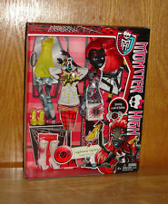 Monster High  Wydowna Spider - Spinning a web of Fashion  Doll - New