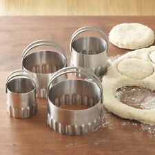 RSVP Round BISCUIT/COOKIE CUTTERS Set of 4 Nesting Rippled Edges Stainless Steel