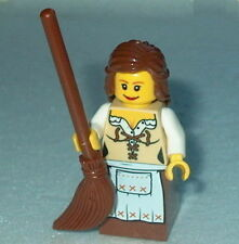 FANTASY ERA Lego Female Maid w/Broom NEW 10193 castle-Medieval-maiden #2