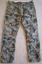 Mens Levi's pants jeans Size 34 x 30 green camo Outdoors field work hunting