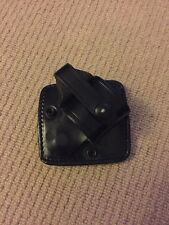Ex Police Black Leather Rigid Handcuff Pouch For Kit Belt. Grade A.