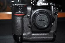 Nikon D2Xs 12.4 MP Digital SLR Camera w/Nikon MH-21 Charger