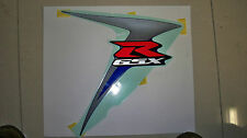 GENUINE SUZUKI GSXR750K7 RIGHTHAND FAIRING STICKER RIGHT HAND EMBLEM GSXR750 NOS