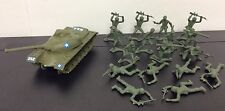 Green Plastic Army Men Plus Tank USA Lot Of 18 Pieces Soldiers Troops #1