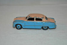 Dinky Toys 170 Ford Fordor 2 tone in very good all original condition