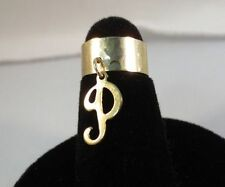 14KT GOLD EP  DANGLE INITIAL P TOE RING IN A HAMMERED RING