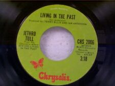 """JETHRO TULL """"LIVING IN THE PAST / CHRISTMAS SONG"""" 45"""