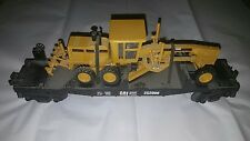 MTH Rail King Cat Diesel Power 252000 Flat Car with Caterpillar 140H Road Grader