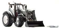WIKING - 077815 VALTRA T174 TRACTOR WITH FRONT LOADER PRECISION MODEL 1:33 SCALE