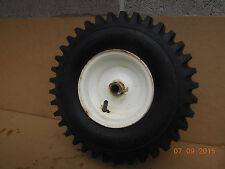 TORO  SNOW BLOWER TIRE AND RIM 241-131 231-120 14X4.00-6