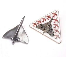 RAF Royal Air Force Vulcan Bomber & Red Arrows Escort Pin Badge Gift Set